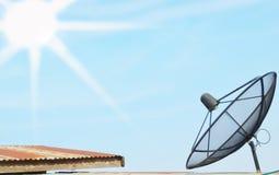 Fondo del sole e del satellite della sfuocatura Immagini Stock Libere da Diritti