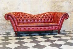 Fondo del vintage del sofá Fotos de archivo libres de regalías