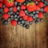 Fondo dell'alimento - bacche di estate Fotografia Stock