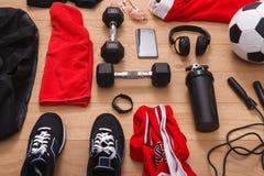 Fondo dell'attrezzatura di allenamento, di calcio e di sport Fotografia Stock