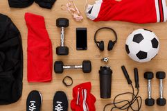 Fondo dell'attrezzatura di allenamento, di calcio e di sport Fotografia Stock Libera da Diritti