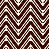 Fondo dell'estratto di Chevron Il modello senza cuciture tribale ed etnico con lo zigzag ripetuto allinea Ornamento geometrico cl royalty illustrazione gratis