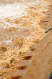 Fondo dell'inondazione nella stagione delle pioggie dopo la tempesta fuori Immagine Stock