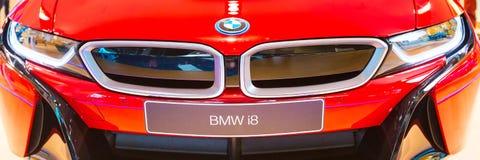Fondo dell'insegna di vista frontale di logo di BMW i8 Fotografia Stock