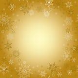 Fondo dell'oro - cartolina di Natale con i fiocchi di neve Illustrazione Vettoriale