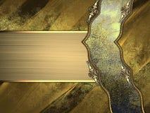 Fondo dell'oro del metallo di lerciume con il nastro elegante Fotografie Stock Libere da Diritti