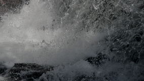 Fondo della cascata al rallentatore archivi video
