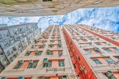 Fondo della costruzione nel cielo Fotografie Stock