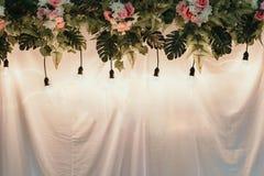 Fondo della decorazione con le luci fotografia stock