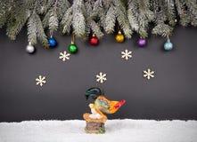 Fondo della decorazione del nuovo anno o di Natale: rami dell'pelliccia-albero, Fotografia Stock