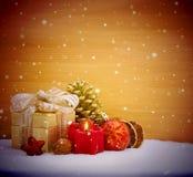 Fondo della decorazione di Natale con la candela di arrivo Fotografie Stock