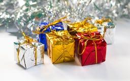 Fondo della foto di Natale per la cartolina d'auguri o il modello dell'insegna Immagine di vacanza invernale Fotografia Stock