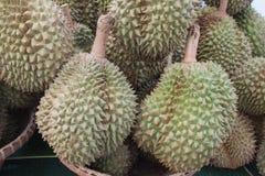 Fondo della frutta del Durian nel mercato della Tailandia Fotografia Stock