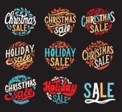 Fondo della lavagna di vendita di Natale con le decorazioni di festa royalty illustrazione gratis