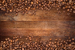 Fondo della quercia dei chicchi di caffè vecchio fotografie stock libere da diritti