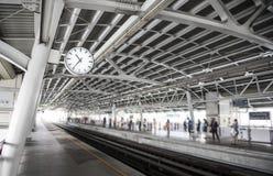 Fondo della stazione ferroviaria Fotografie Stock Libere da Diritti