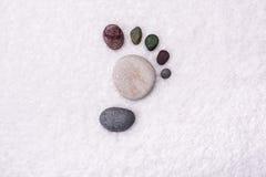 Fondo della stazione termale con le pietre immagini stock libere da diritti