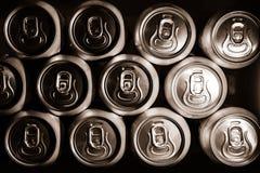 Fondo delle latte di birra del metallo Immagine Stock