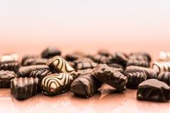 Fondo delle praline del cioccolato Immagini Stock Libere da Diritti