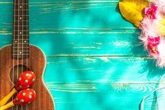 Fondo delle ukulele/ukulele/ukulele con il fondo di stile delle Hawai Fotografie Stock Libere da Diritti