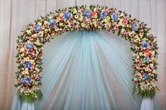 Fondo di bella decorazione di nozze del fiore Fotografie Stock Libere da Diritti