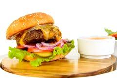 Fondo di bianco dell'hamburger Fotografia Stock Libera da Diritti