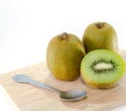 Fondo di bianco di Kiwi Fruit Fotografia Stock