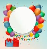 Fondo di buon compleanno con i palloni ed i presente Fotografie Stock Libere da Diritti
