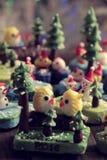 Fondo di Buon Natale con l'ornamento di natale da argilla Fotografie Stock Libere da Diritti