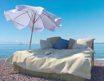 Fondo di concetto di vacanza con gli elementi e la conchiglia interni Fotografia Stock
