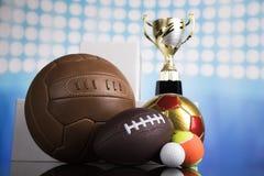 Fondo di conquista di sport del trofeo del premio fotografia stock libera da diritti