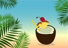 Fondo di estate con le foglii di palma e Pina Colada Cocktail Fotografia Stock Libera da Diritti