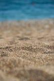 Fondo di estate della spiaggia con la sabbia ed il mare Fotografia Stock