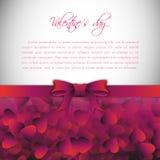 Fondo di festa con l'arco ed il nastro di rosa del regalo Rosa rossa Vettore illustrazione vettoriale