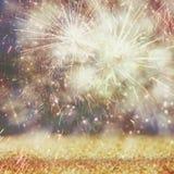 Fondo di festa, luci di scintillio e sovrapposizione astratti del fuoco d'artificio Immagini Stock Libere da Diritti