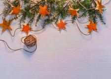 Fondo di feste con le decorazioni fatte a mano Immagini Stock