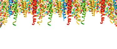 Fondo di feste dei coriandoli della serpentina del confine della decorazione del partito Immagini Stock