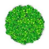 Fondo di giorno di Patricks nella forma rotonda del cerchio con il mucchio verde del trifoglio quattro illustrazione vettoriale