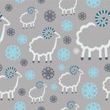 Fondo di gray dei fiocchi di neve delle pecore del modello di inverno Immagini Stock Libere da Diritti