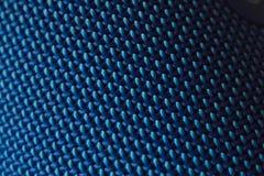 Fondo di griglia della struttura del metallo del ferro fondo blu di colore di lerciume della grata del metallo Intreccio della st immagine stock libera da diritti