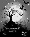 Fondo di Halloween con l'albero terrificante ed i pipistrelli, sul MOO del fondo Fotografia Stock Libera da Diritti