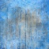 Fondo di inverno di Natale con i cristalli ed il legno di ghiaccio immagini stock libere da diritti
