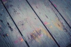 Fondo di legno astratto con le strisce della pittura di colore Fotografia Stock Libera da Diritti