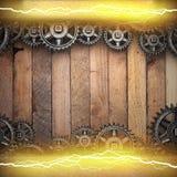 Fondo di legno con gli ingranaggi della ruota dentata ed il fulmine elettrico Fotografie Stock Libere da Diritti