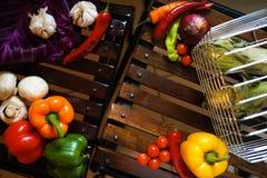Fondo di legno con la verdura Fotografia Stock Libera da Diritti