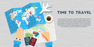 Fondo di legno dell'insegna di viaggio intorno al mondo Immagini Stock