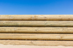 Fondo di legno della parete di Pali Fotografie Stock Libere da Diritti