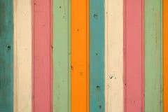 Fondo di legno delle plance colorato pastello verticale Immagini Stock Libere da Diritti