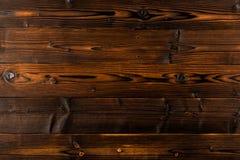 Fondo di legno di marrone scuro con l'alta risoluzione Vista superiore fotografia stock libera da diritti