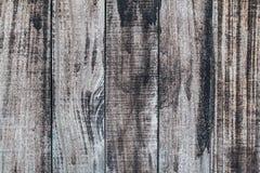 Fondo di legno stagionato nel modello verticale, colore naturale. Fotografie Stock Libere da Diritti
